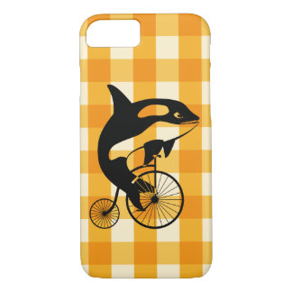Coque iPhone 8/7 Épaulard, orque montant un vélo de quart de penny