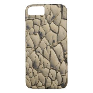 Coque iPhone 8/7 Formation criquée de boue dans le plancher de