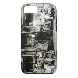 Coque iPhone 8/7 Groupe de famille, c.1900 (photo de b/w)