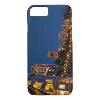 Coque iPhone 8/7 Honolulu, Oahu, Hawaï. Exposition de nuit de