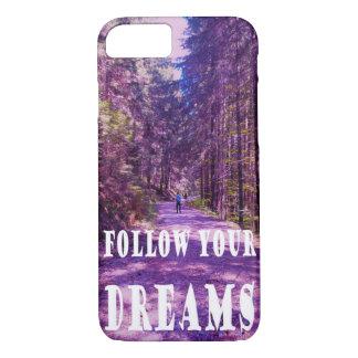 """Coque iPhone 8/7 La forêt enchantée """"SUIVENT VOS RÊVES"""" citent le"""