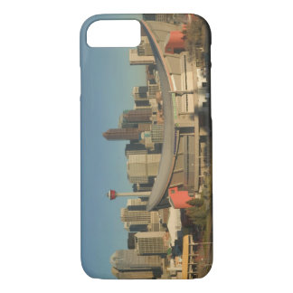 Coque iPhone 8/7 Le Canada, Alberta, Calgary : Horizon de ville de