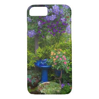 Coque iPhone 8/7 Le jardin conçoit dans notre jardin Sammamish, 2