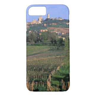 Coque iPhone 8/7 Le village de San Gimignano se repose dans le