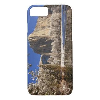 Coque iPhone 8/7 L'EL Capitan se reflète dans la rivière de Merced
