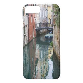 Coque iPhone 8/7 L'Italie, Venise, les réflexions et le petit pont