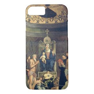 Coque iPhone 8/7 Madonna et enfant couronnés entre les solides