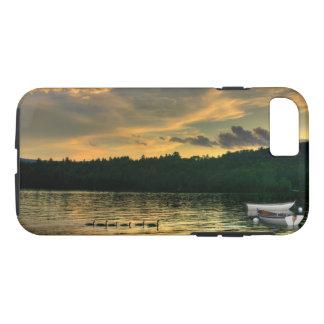 Coque iPhone 8/7 Oies et bateaux à rames sur le cas récemment