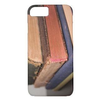 Coque iPhone 8/7 Pile de vieux livres