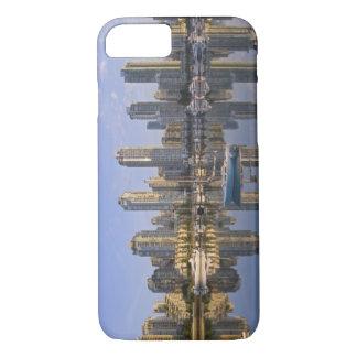 Coque iPhone 8/7 Regarder à travers False Creek l'horizon de 2