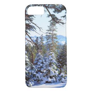 Coque iPhone 8/7 sapins rouges Neige-couverts en haute sierra 2