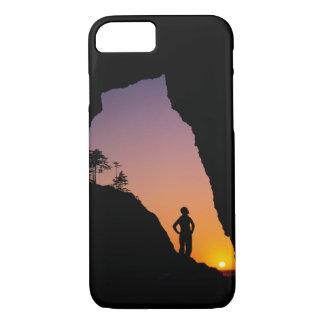 Coque iPhone 8/7 Silhouette du randonneur, point des voûtes,