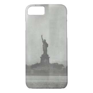 Coque iPhone 8/7 Statue de regard Iphone de plat humide de liberté