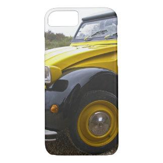 Coque iPhone 8/7 Vieux cv noir et jaune de Citroen 2CV 2,