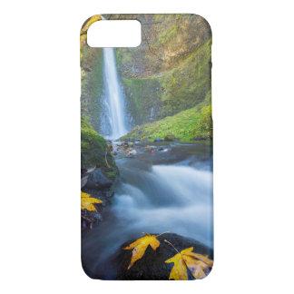 Coque iPhone 8/7 Vue verticale de panorama des automnes de tunnel