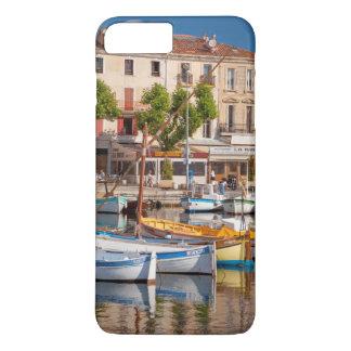 Coque iPhone 8 Plus/7 Plus Bateaux colorés dans le petit port