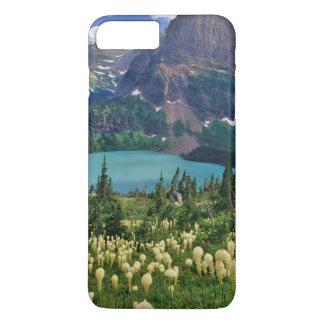 Coque iPhone 8 Plus/7 Plus Beargrass au-dessus de lac Grinnell dans les