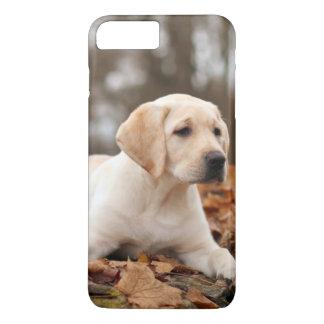 Coque iPhone 8 Plus/7 Plus Chiot jaune de Labrador en automne