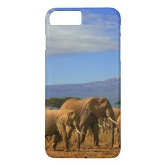 Coque iPhone 8 Plus/7 Plus Kilimanjaro et éléphants