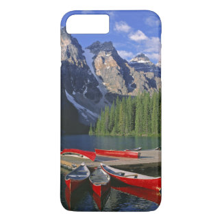 Coque iPhone 8 Plus/7 Plus Le Canada, Alberta, lac moraine. Les canoës rouges
