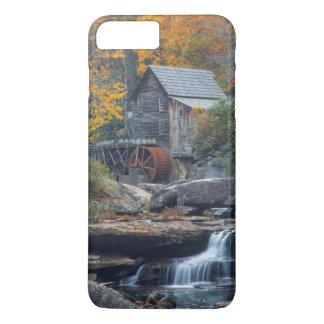 Coque iPhone 8 Plus/7 Plus Le moulin historique de blé à moudre sur la crique