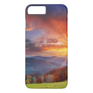 Coque iPhone 8 Plus/7 Plus Lever de soleil majestueux dans le paysage de