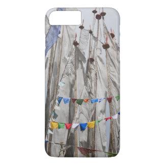 Coque iPhone 8 Plus/7 Plus Mâts de drapeau de prière en montagne, passage 2