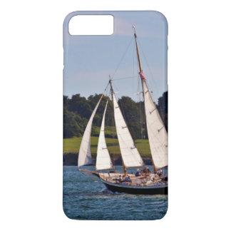 Coque iPhone 8 Plus/7 Plus Naviguant à Newport, Île de Rhode, Etats-Unis
