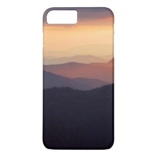 Coque iPhone 8 Plus/7 Plus Paysage de montagne avec un coucher du soleil