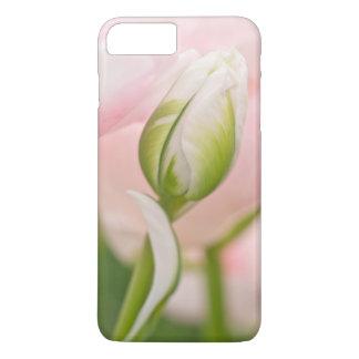 Coque iPhone 8 Plus/7 Plus Plan rapproché de tulipe et de bourgeon