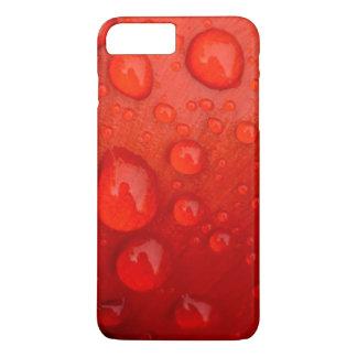 Coque iPhone 8 Plus/7 Plus Plan rapproché des gouttes de pluie sur le pétale