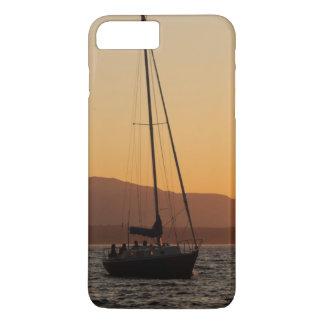 Coque iPhone 8 Plus/7 Plus Voilier au coucher du soleil sur Puget Sound