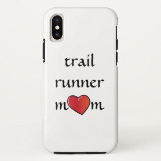 Coque iPhone X Conception rouge de coeur de maman de coureur de