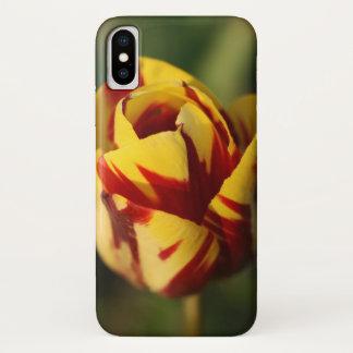 Coque iPhone X Fleur rouge et jaune de tulipe