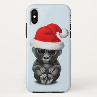 Coque iPhone X Gorille de bébé utilisant un casquette de Père