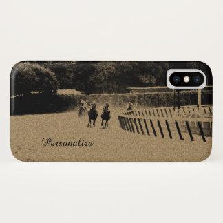 Coque iPhone X Grunge boueuse de voie de course de chevaux