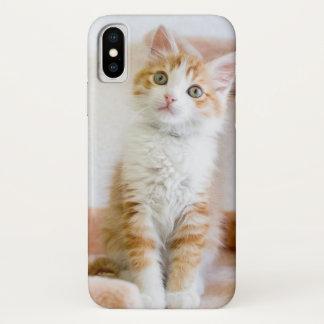 Coque iPhone X Kitty observé par bleu doux