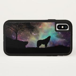 Coque iPhone X La nuit de lune d'hurlement de loup tient le