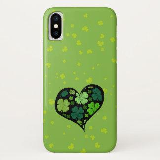 Coque iPhone X Le jour de Patrick de saint, trèfles, coeur - noir
