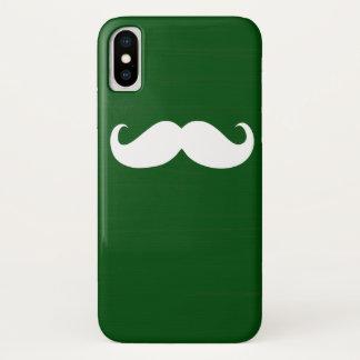 Coque iPhone X Moustache blanche drôle sur l'arrière - plan vert