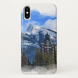 Coque iPhone X Mt Rundle et hôtel célèbre, Banff, Alta, Canada
