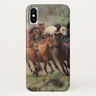 Coque iPhone X Mustangs sauvages