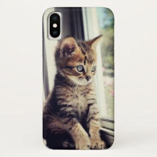 Coque iPhone X Observation tigrée de chaton