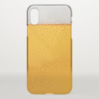 Coque iPhone X Plan rapproché en verre de bière drôle