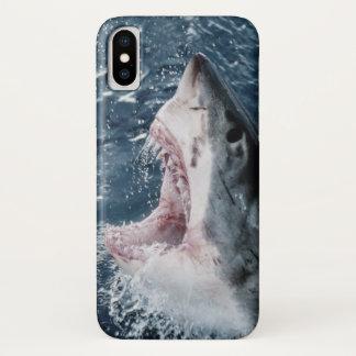 Coque iPhone X Tête de grand requin blanc