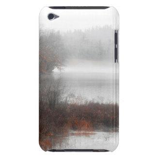 Coque iPod Case-Mate Lac brumeux un jour d'hiver