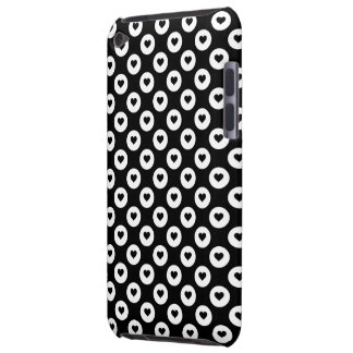 Coque iPod Case-Mate Taches blanches et noires de coeur de Valentines