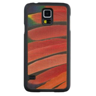 Coque Mince En Érable Galaxy S5 Plumes rouges de perroquet d'Amazone