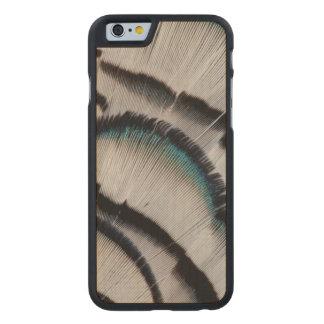 Coque Mince En Érable iPhone 6 Conception argentée de plume de faisan