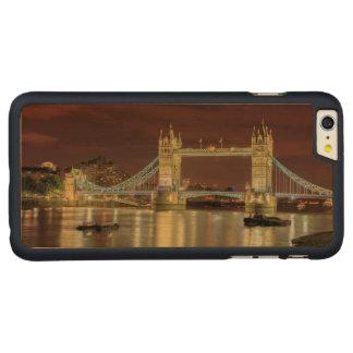 Coque Mince En Érable iPhone 6 Plus Pont de tour la nuit, Londres